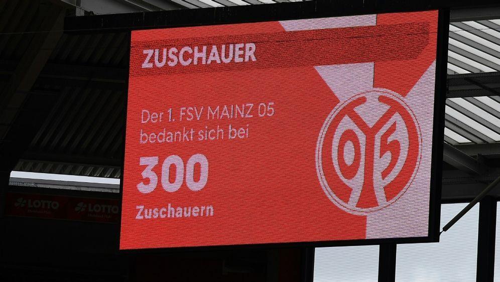 Mainz 05 stellt sich auf Verluste ein - Bildquelle: FIROFIROSID