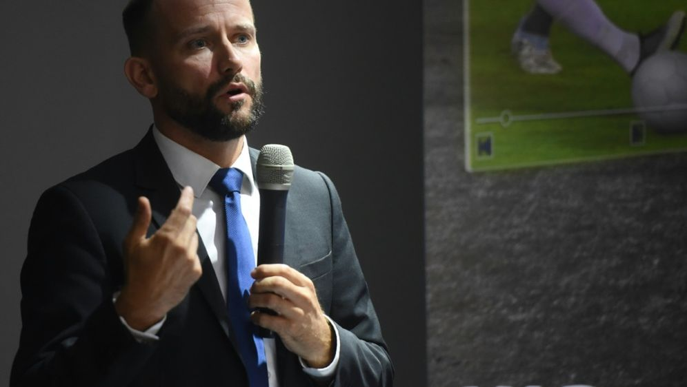 VAR: Brud spricht sich gegen Challenge-System aus - Bildquelle: AFPSIDNORBERTO DUARTE