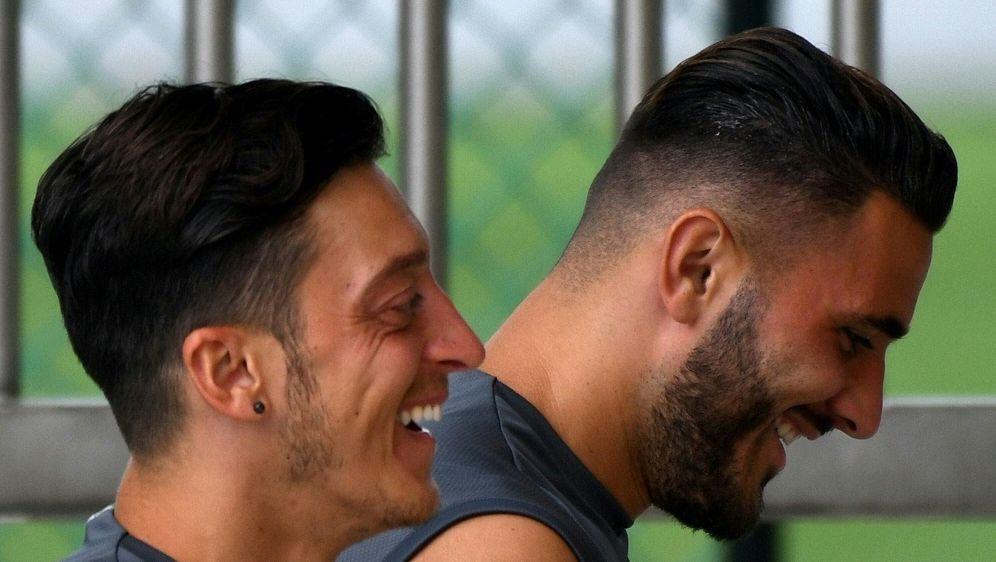 Özil und Kolasinac sind im Juli überfallen worden - Bildquelle: AFPSIDROSLAN RAHMAN