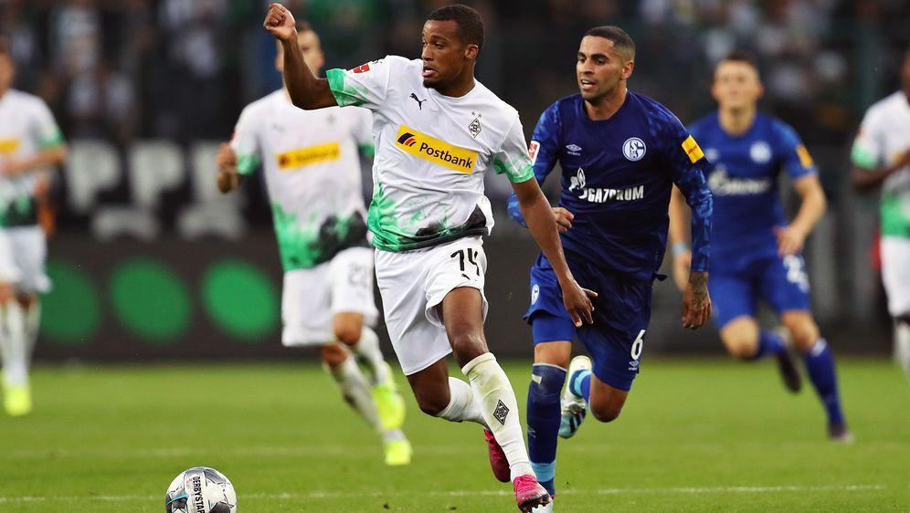 Das Hinrunden-Duell zwischen Gladbach und Schalke endete zum Saisonauftakt t... - Bildquelle: 2019 Getty Images