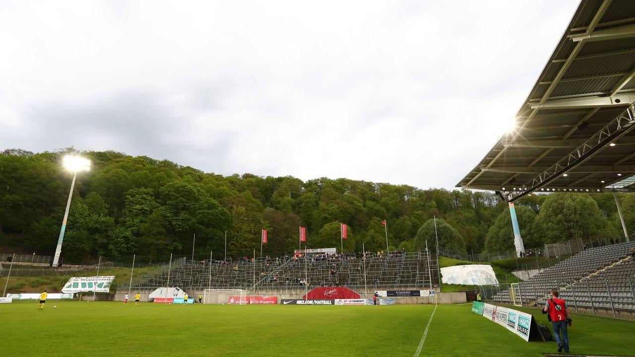 Wuppertaler SV - VfL Bochum - Bildquelle: imago images / Thomas Bielefeld