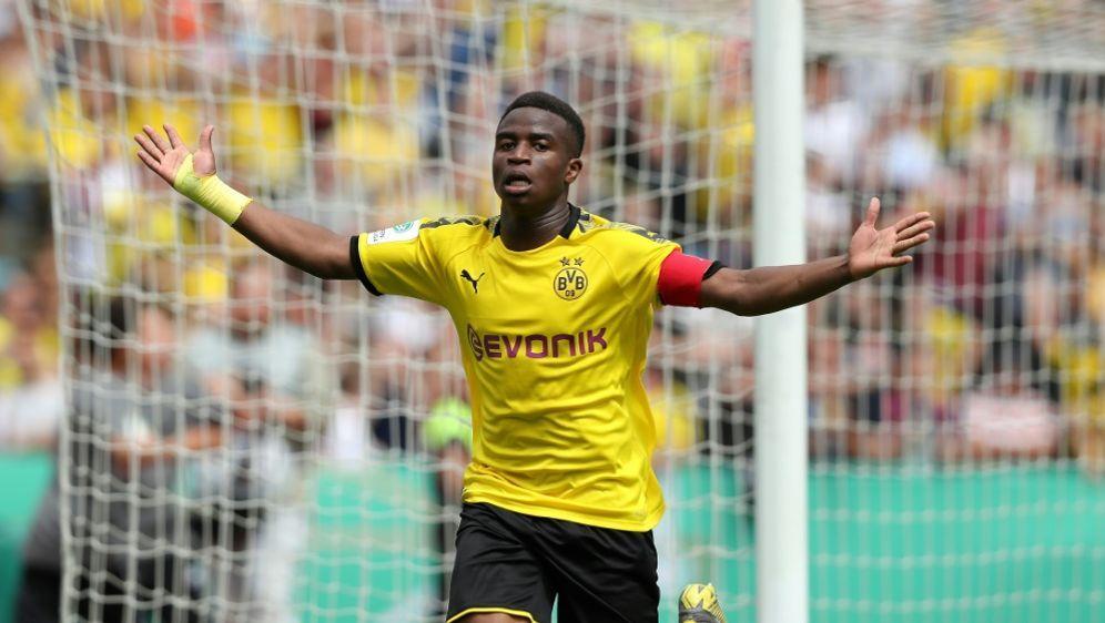 U19: Gegen Bielefeld trifft Youssoufa Moukoko dreifach - Bildquelle: FIROFIROSID