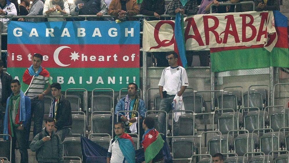 Qarabag Agdam spielt derzeit in der Europa League - Bildquelle: FIROFIROSID