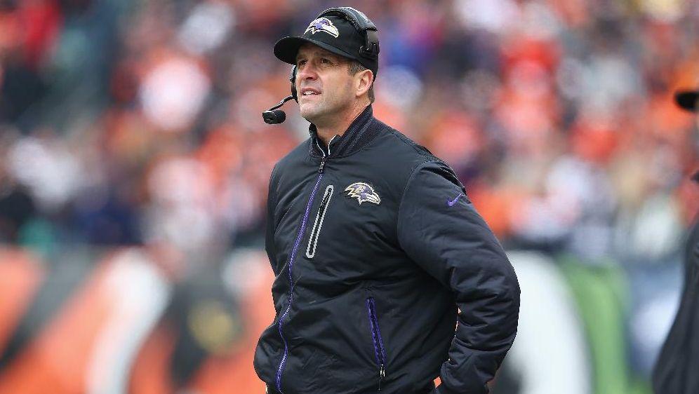 Baltimore Ravens verlängern mit Trainer John Harbaugh - Bildquelle: SID-SID-AFP