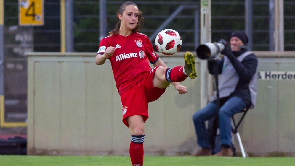 Sara Däbritz wechselt von den Bayern nach Paris - Bildquelle: Imago