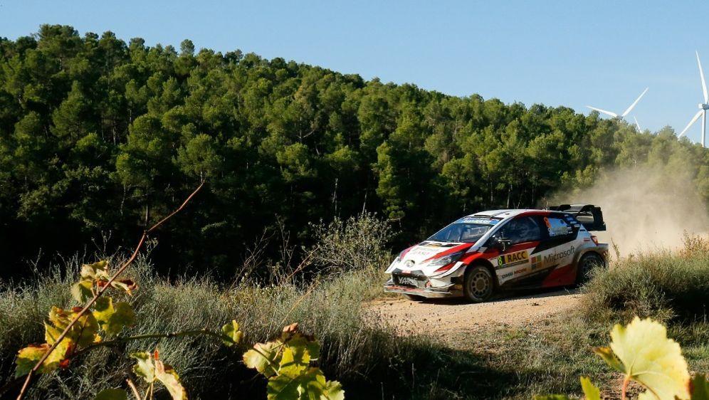 Ott Tänak distanziert Loeb in Spanien - Bildquelle: AFPSIDPAU BARRENA