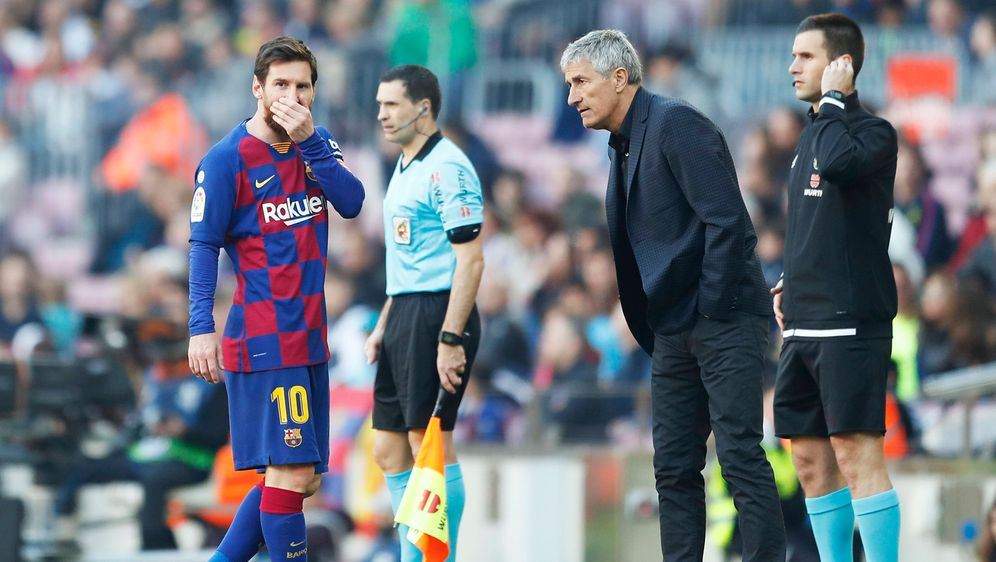 Das Verhältnis zwischen Messi und Trainer Setien ist angespannt. - Bildquelle: 2020 imago