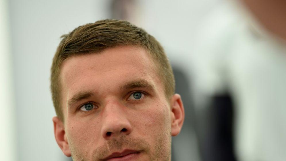 Lukas Podolski verlässt mit Antalyaspor Abstiegsplätze - Bildquelle: AFPSIDPATRIK STOLLARZ