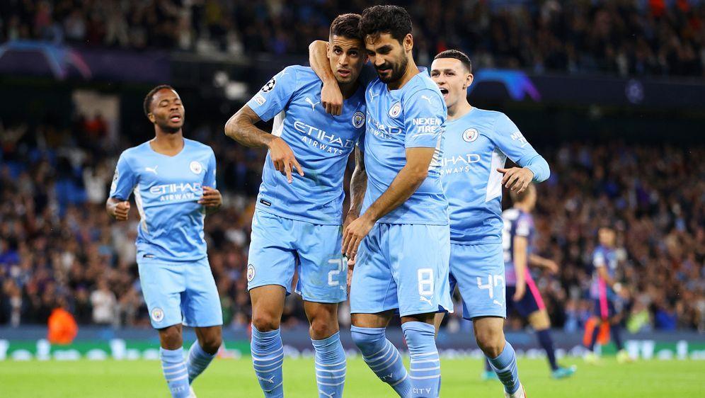 Leipzig geht bei Manchester City unter - Bildquelle: 2021 imago