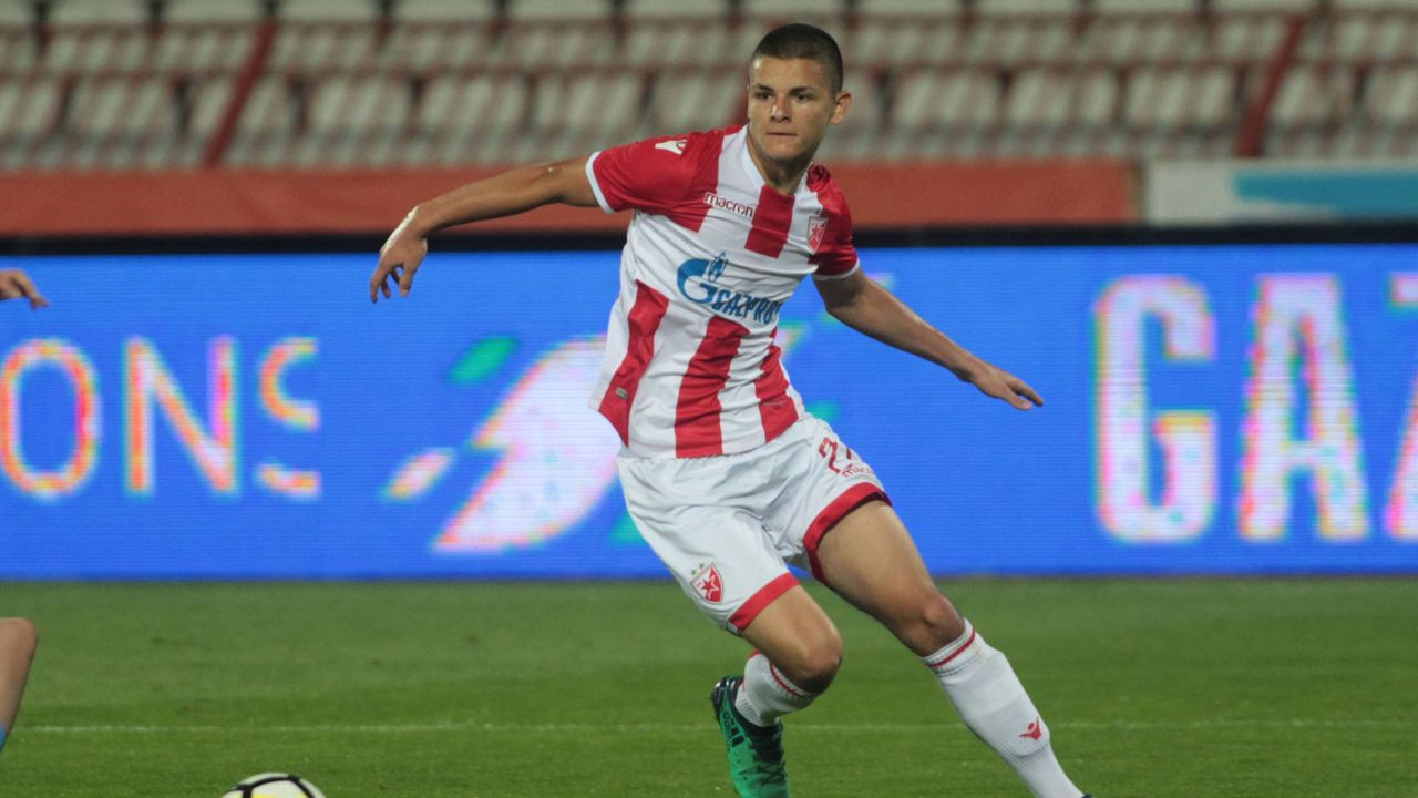 Dejan Joveljic (Roter Stern Belgrad) - Bildquelle: imago images / Aleksandar Djorovic