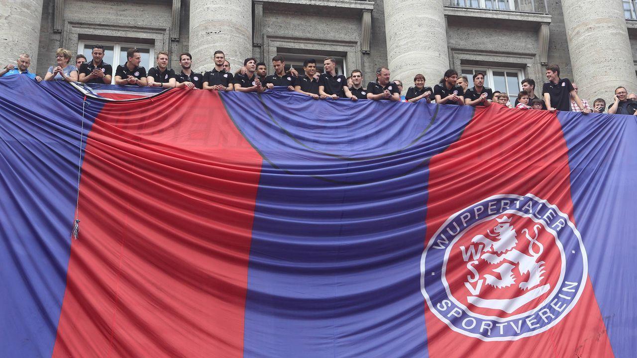 2012/13: Wuppertaler SV - Bildquelle: imago/Otto Krschak