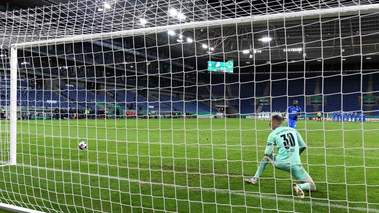 Das waren die längsten Elfmeterschießen in der Geschichte des DFB-Pokals - Bildquelle: imago images/Jan Huebner