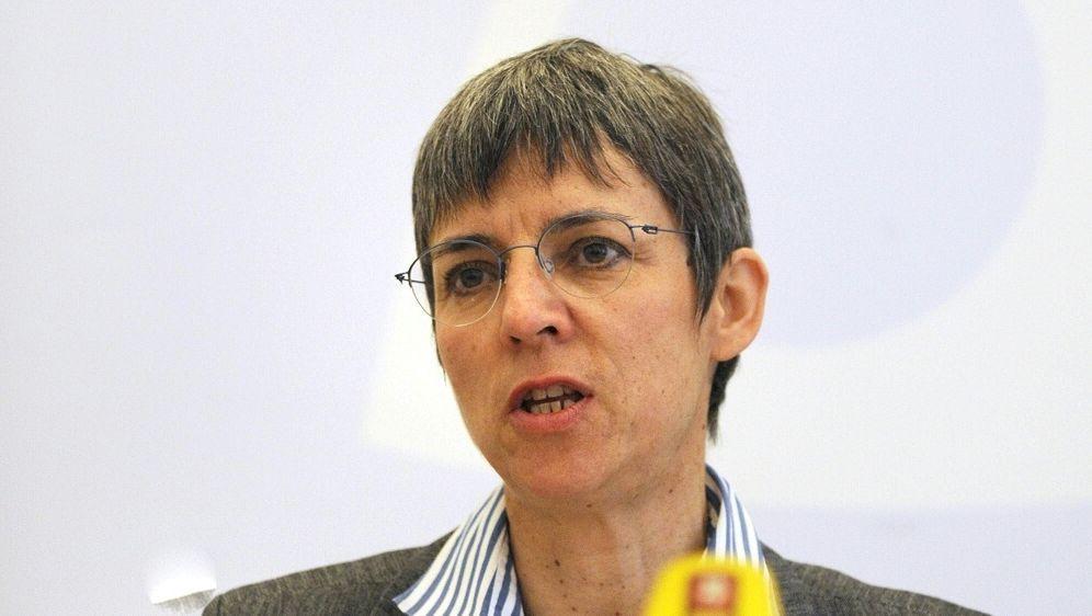 Deutschland-EM ist für Schenk eine Verpflichtung für DFB - Bildquelle: AFPSIDJOHN MACDOUGALL