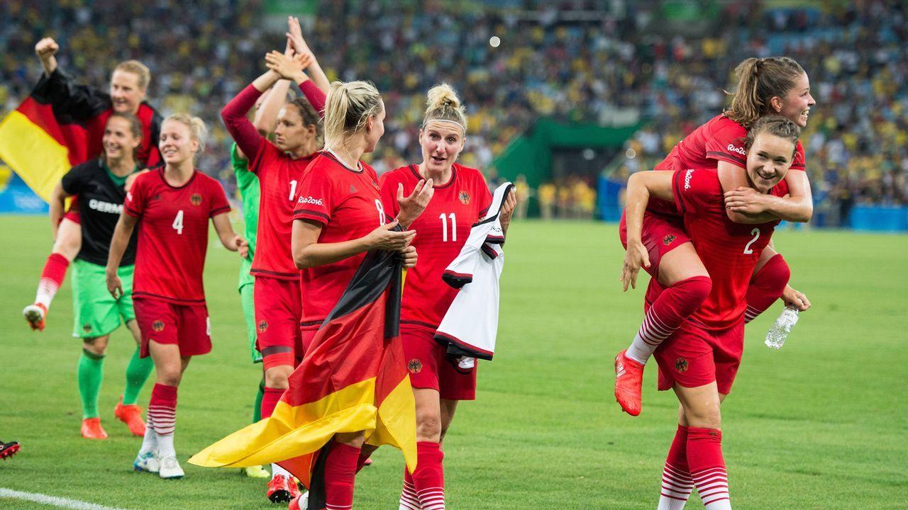 Deutschlands Frauen holen erstmals Gold - Bildquelle: imago/Annegret Hilse