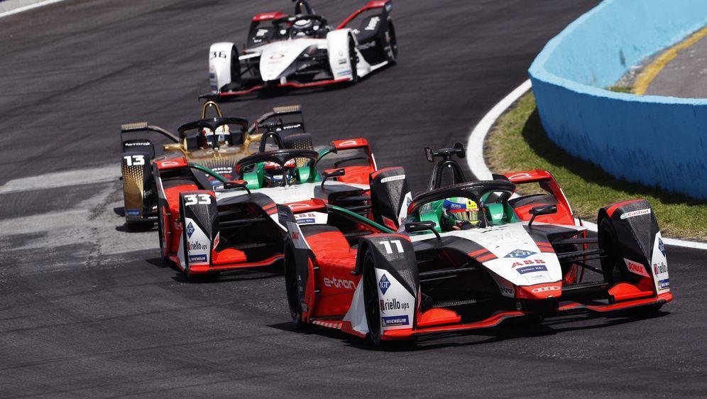 In der Formel E geht es eng zu. - Bildquelle: imago images/Shutterstock