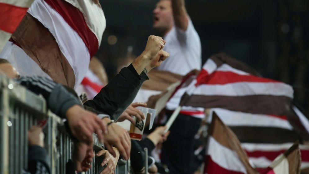Für die Fans vom FC St. Pauli gilt nun die 2G-Regel - Bildquelle: firo Sportphotofiro SportphotoSID