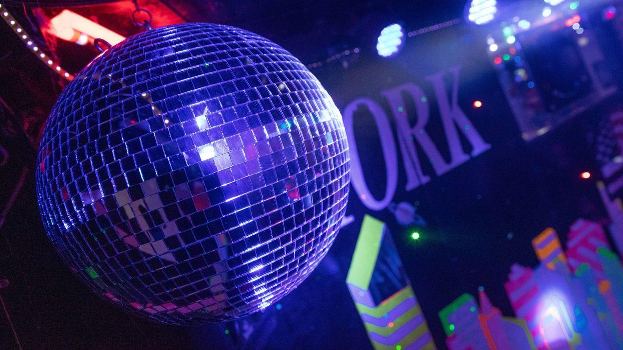 Disco - Bildquelle: imago images/localpic