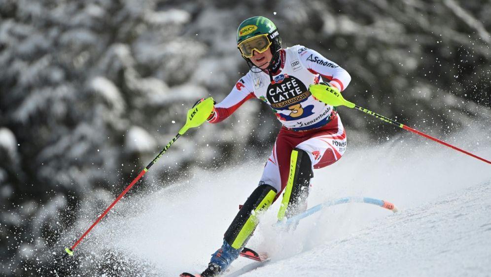Liensberger führt nach dem ersten Lauf im Slalom - Bildquelle: AFPSIDFABRICE COFFRINI