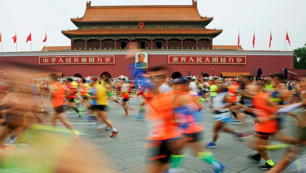 """Marathon-""""Läuferin"""" in China mit dem Rad unterwegs - Bildquelle: PIXATHLONPIXATHLONSID"""
