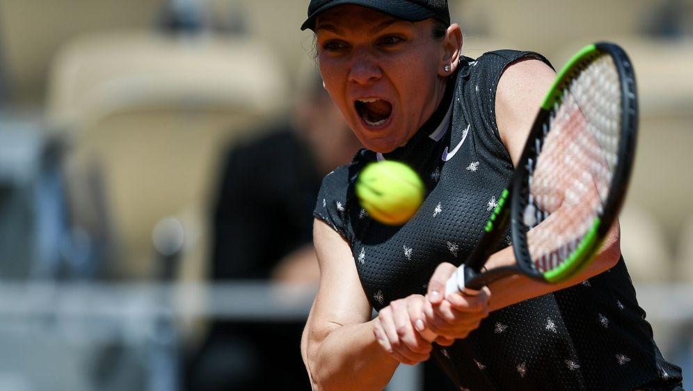 Verlor ihr Viertelfinale deutlich: Simona Halep - Bildquelle: AFPSIDCHRISTOPHE ARCHAMBAULT