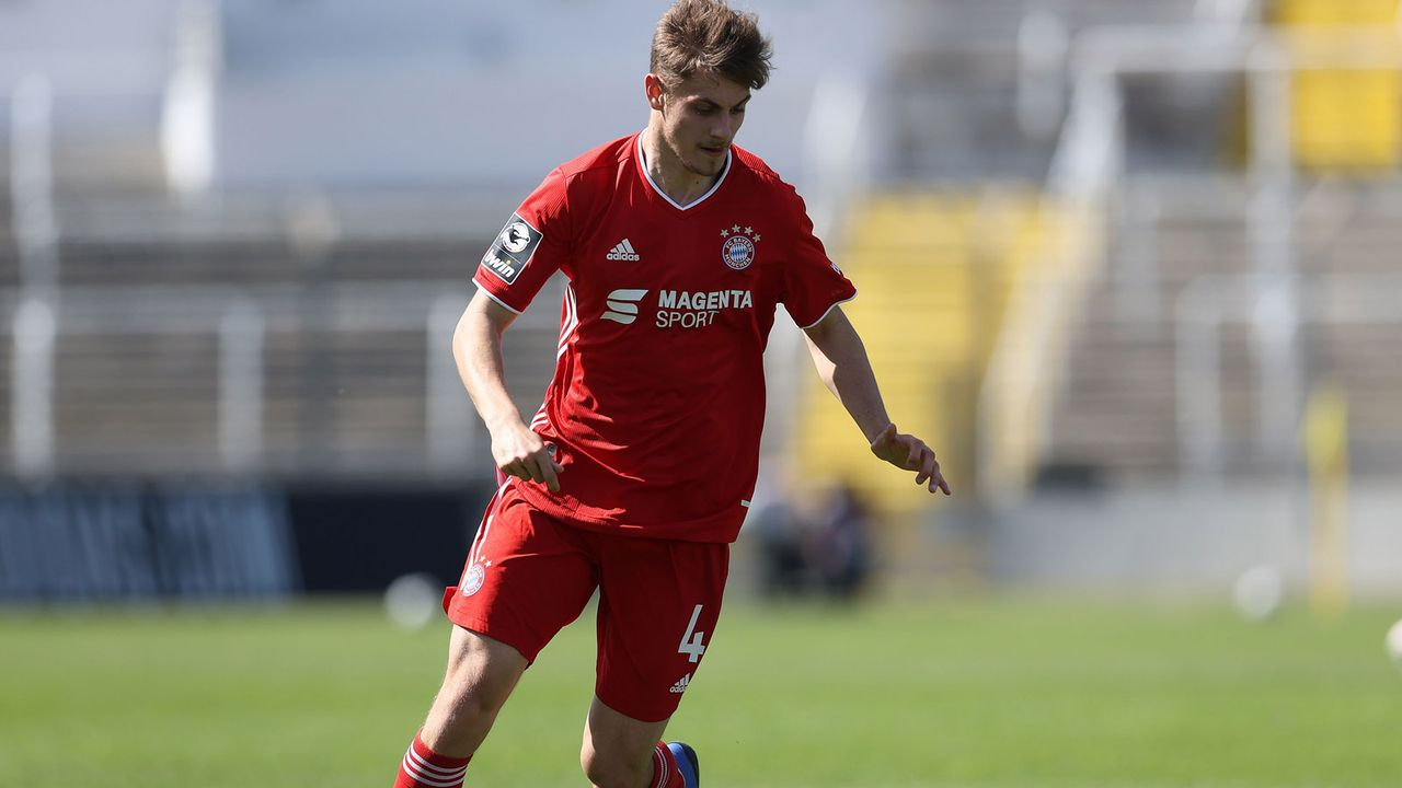 Josip Stanisic (FC Bayern) - Bildquelle: 2021 Getty Images