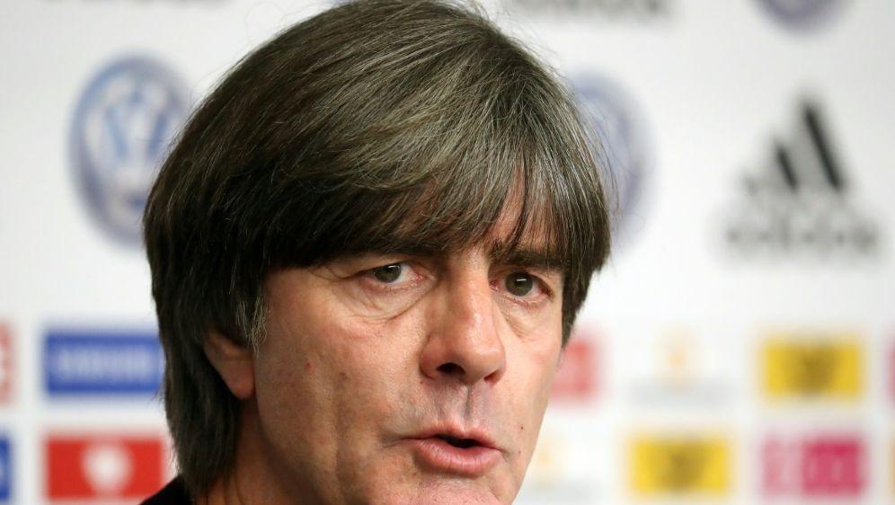 Joachim Löw will DFB-Akademie vor Auswärtsspielen nutzen - Bildquelle: FIROFIROSID