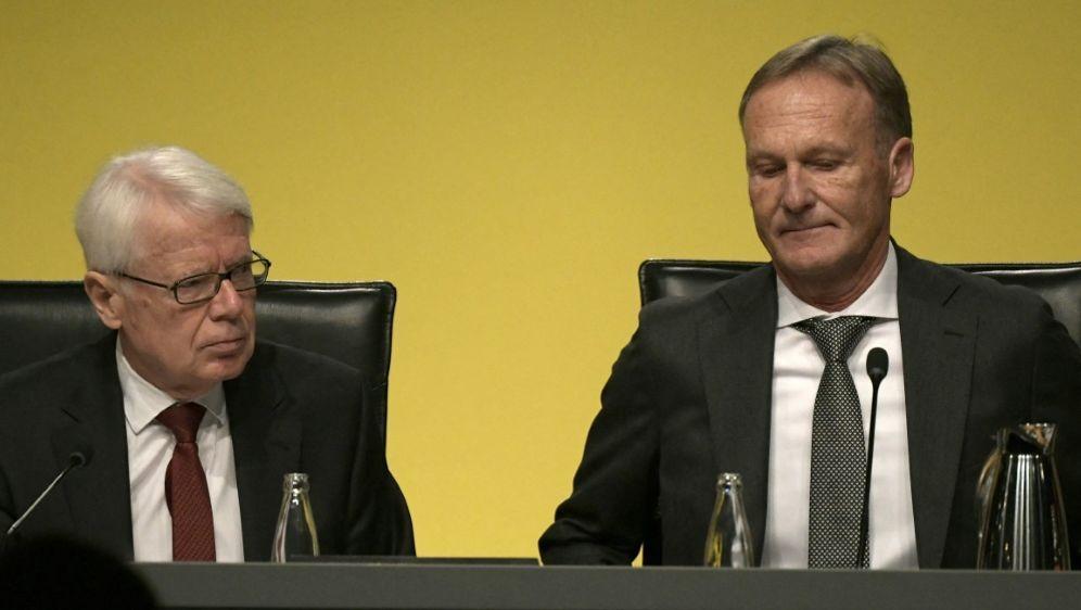 Watzke (r) kann sich eine Zukunft beim BVB vorstellen - Bildquelle: AFPSIDINA FASSBENDER