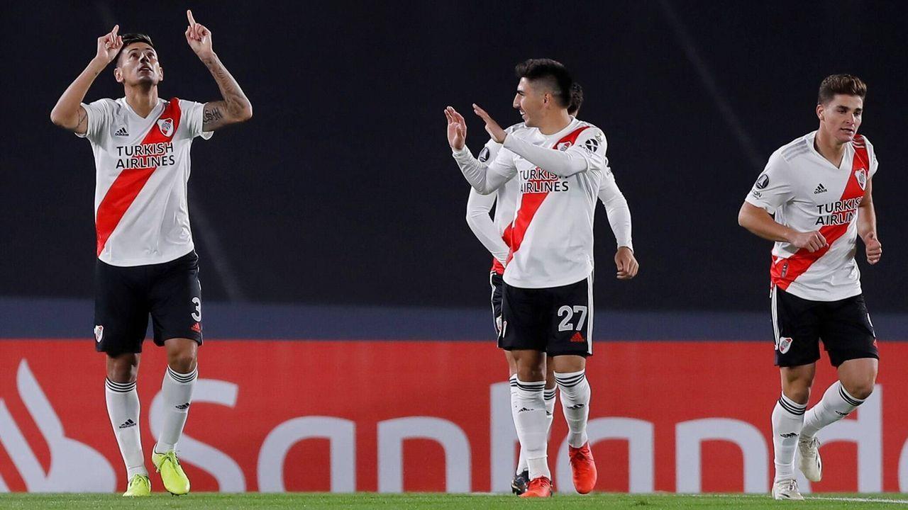 Kein Torhüter, kein Auswechselspieler: River Plate gewinnt dennoch - Bildquelle: imago images/Agencia EFE
