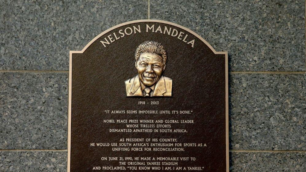 New York Yankees: Steinplatte ehrt Nelson Mandela - Bildquelle: AFPGETTY SID
