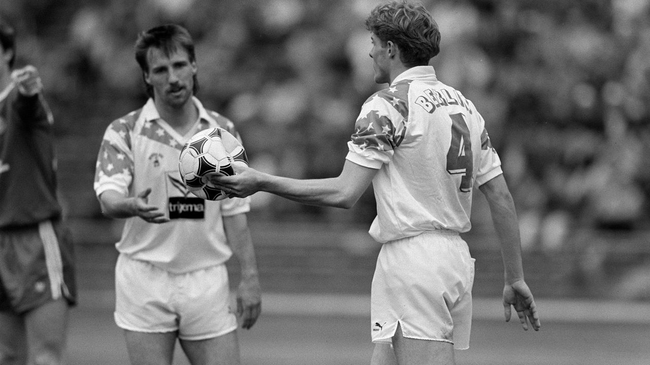 Platz 3 - Hertha BSC (1990/91, 17 Punkte, 37:84 Tore) - Bildquelle: Imago