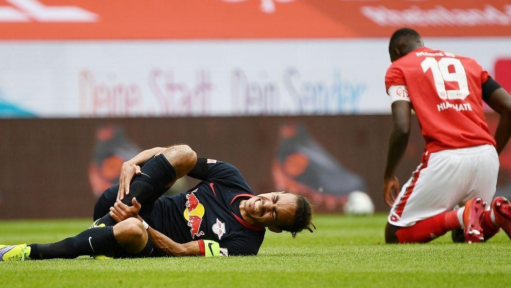 Yussuf Poulsen verletzte sich im Spiel gegen Mainz - Bildquelle: FIROFIROSID