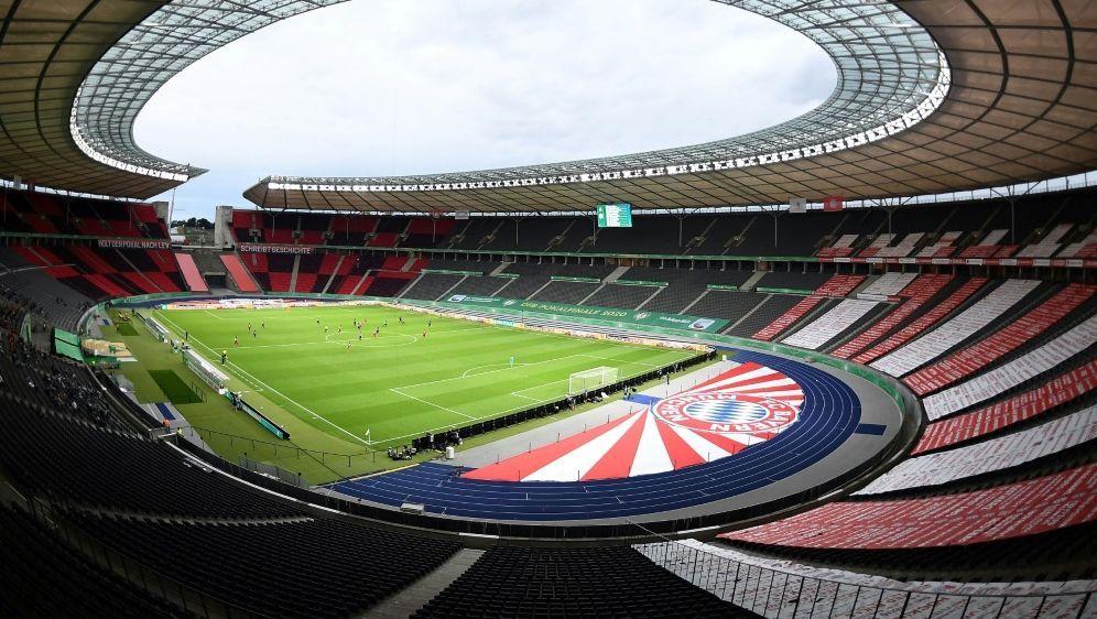 Müller kritisiert die Reaktionen im deutschen Fußballs - Bildquelle: FIROFIROSID