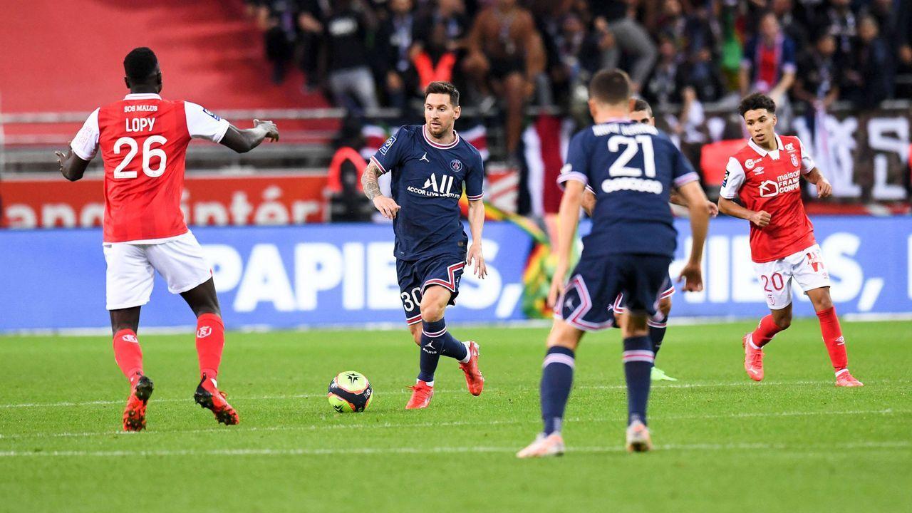 Erster Auftritt in der Ligue 1: Lionel Messi debütiert für Paris St.-Germain - Bildquelle: imago