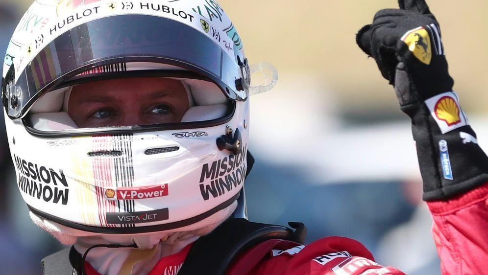 Vettel startet in Suzuka von der Pole Position - Bildquelle: AFPSIDBEHROUZ MEHRI