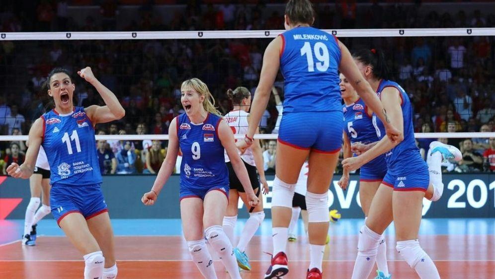 Die Serbinnen schlugen die Türkei mit 3:2 - Bildquelle: CEVCEVCEV