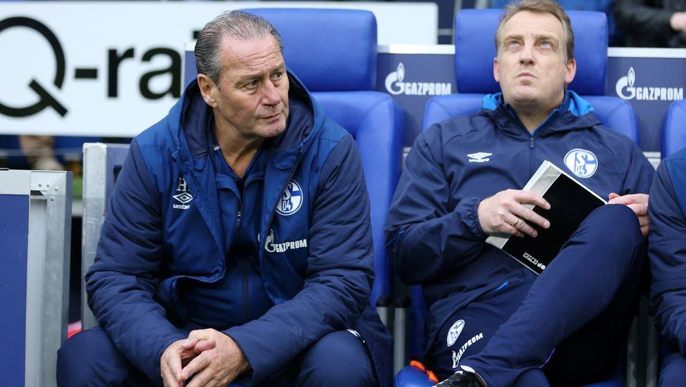 Pleite für Schalke auch unter Stevens (li.) und Büskens (re.) - Bildquelle: Getty Images