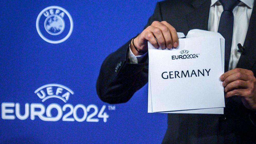 Leipziger Messe wird IBC Standort der Fußball-EM 2024 - Bildquelle: AFPSIDFABRICE COFFRINI