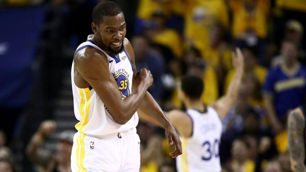 Kevin Durant fehlt den Golden State Warriors erneut - Bildquelle: GETTY IMAGES NORTH AMERICAGETTY IMAGES NORTH AMERICASID-