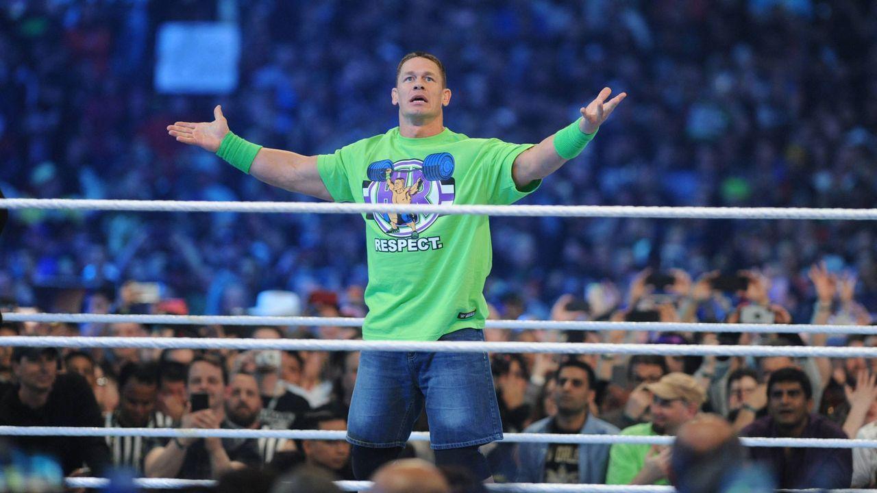 John Cena: Chauffeur - Bildquelle: imago/MediaPunch