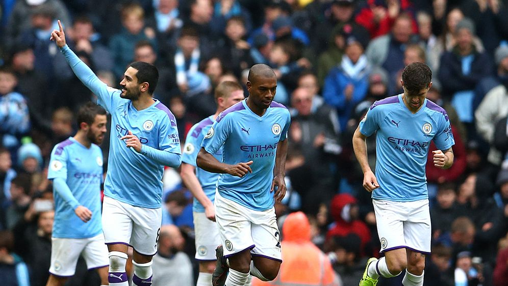 Gündogan und City bleiben Liverpool auf den Fersen - Bildquelle: imago