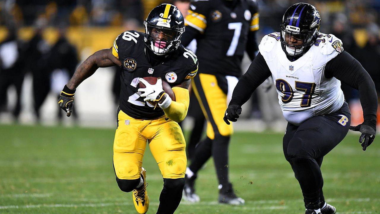 Le'Veon Bell (Running Back, Pittsburgh Steelers) - Bildquelle: 2017 Getty Images