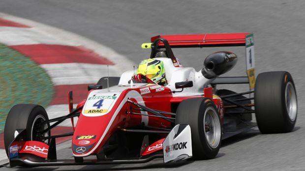 Formel 3 - Bildquelle: imago/HochZwei/Suer