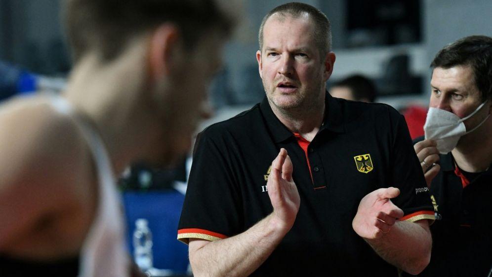 Das Team von Henrik Rödl gewinnt klar gegen Tschechien - Bildquelle: AFPSIDSAVO PRELEVIC