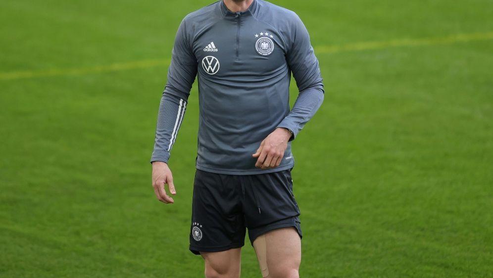 Nationalspieler Robin Gosens lobt Einsatz der Fans - Bildquelle: FIROFIROSID