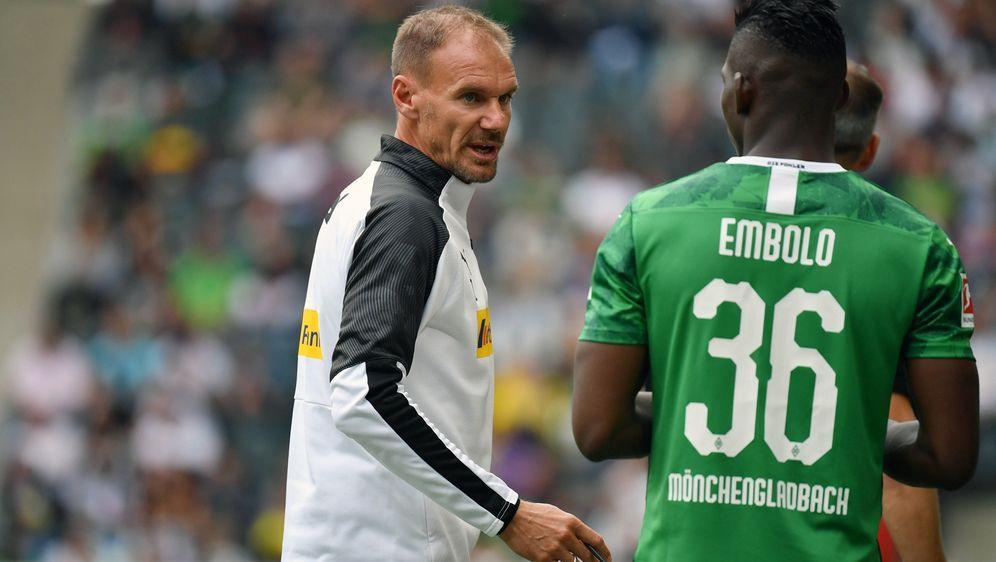 Co-Trainer Alexander Zickler kam mit Marco Rose im Sommer 2019 von Salzburg ... - Bildquelle: imago images / Jan Huebner