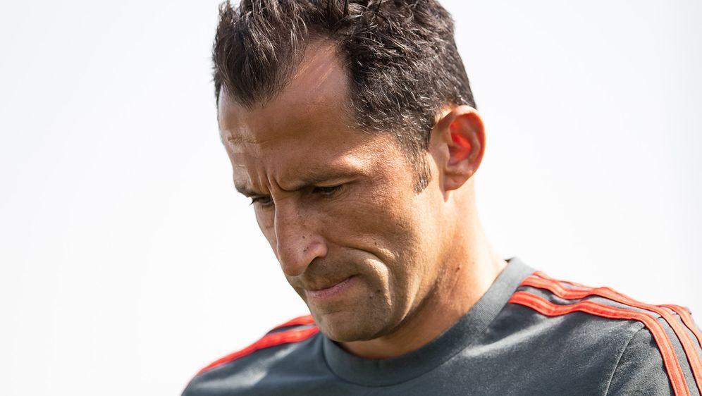 Sportdirektor Hasan Salihamidzic hat seine Transferziele im Winter verpasst. - Bildquelle: 2019 Getty