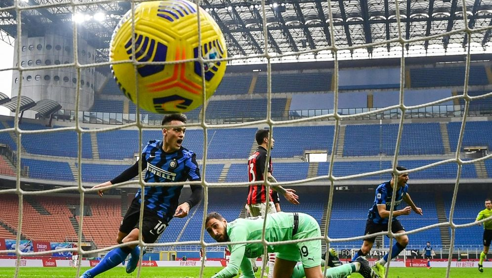 Italien: Serie A rechnet mit Zuschauer-Rückkehr - Bildquelle: AFPSIDMIGUEL MEDINA