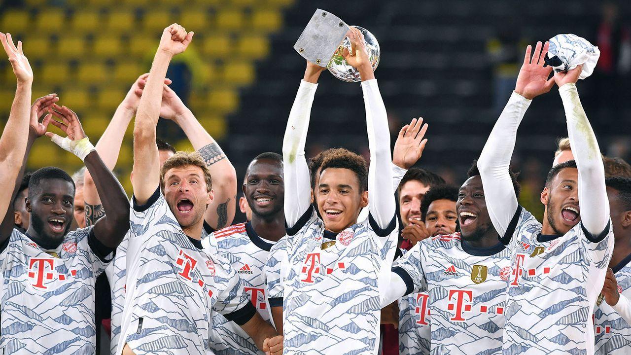 Platz 1: FC Bayern München - Bildquelle: imago images/Uwe Kraft