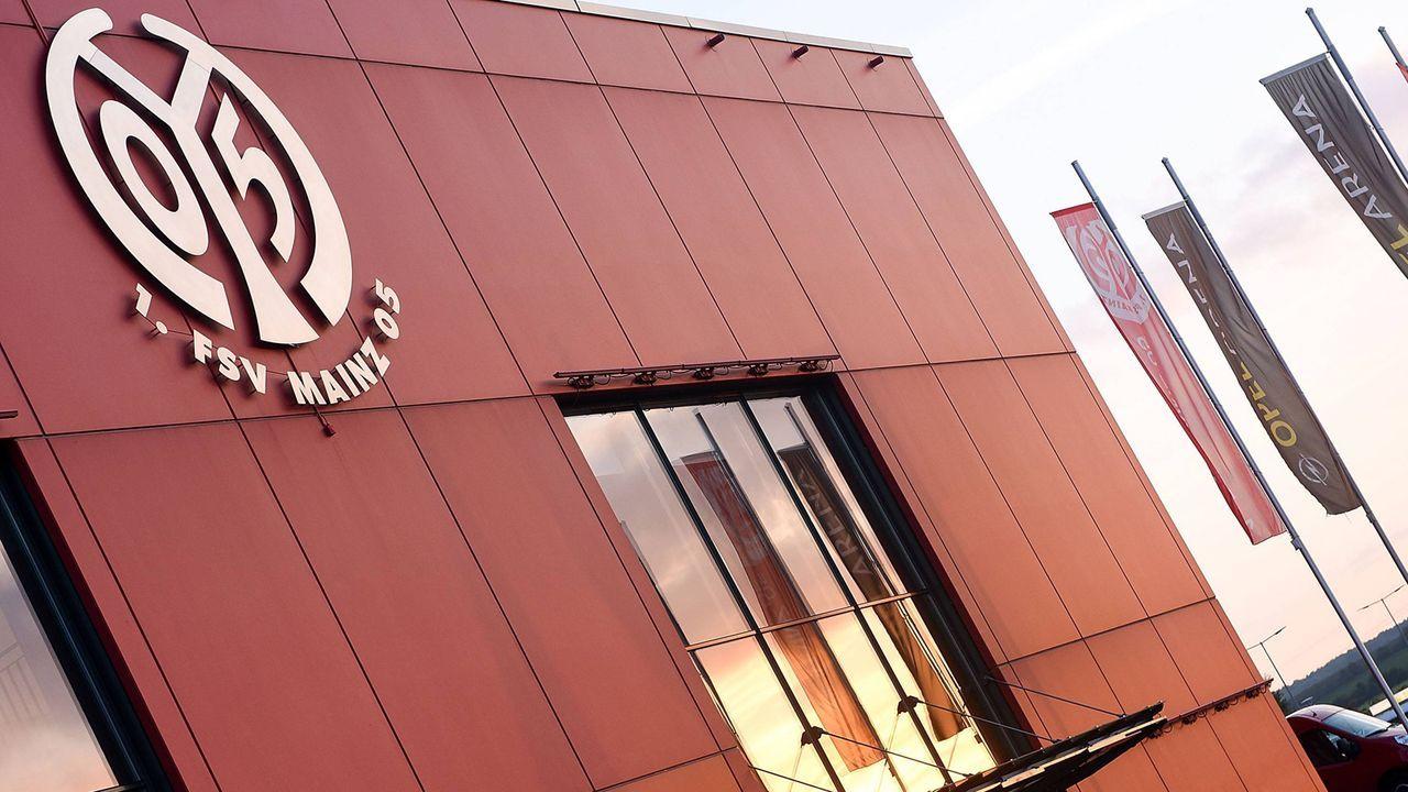 Platz 9: 1. FSV Mainz 05 - Bildquelle: imago/Jan Huebner