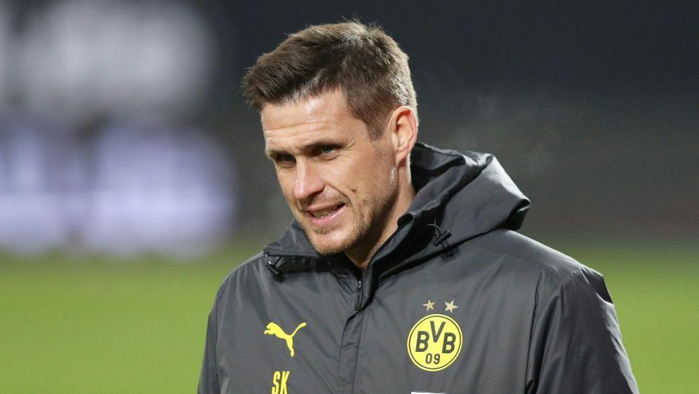 """Sebastian Kehl: """"Spielen Fußball für die Menschen"""" - Bildquelle: FIROFIROSID"""